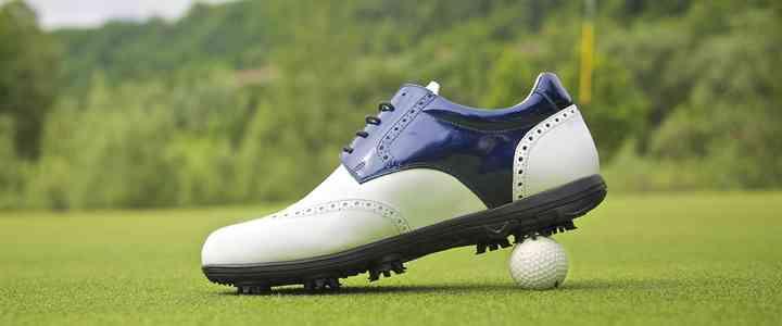 come scegliere scarpe da golf